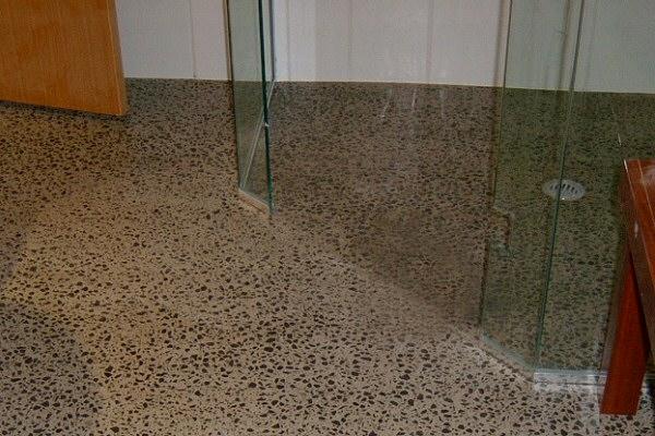 exposed aggregate river pebbles polished concrete http – Concrete Floor Bathroom